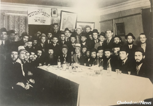 Students and rabbis at the yeshivah in Shanghai during World War II