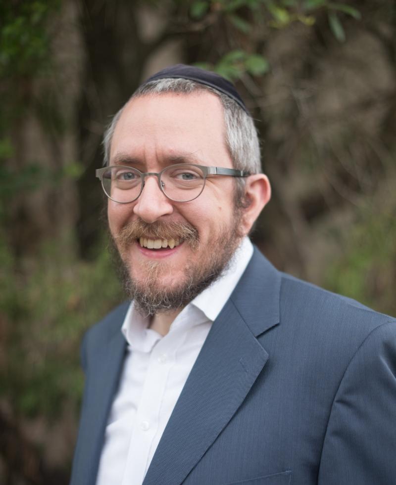 Rabbi picture 2.jpg