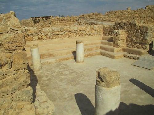 The ancient synagogue at Masada (Photo: Avishai Teicher)