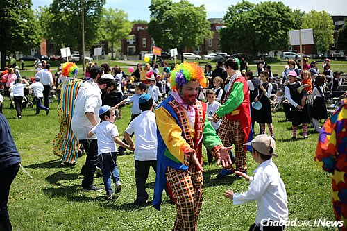 Lag BaOmer brings thousands of people of all ages outdoors to celebrate.