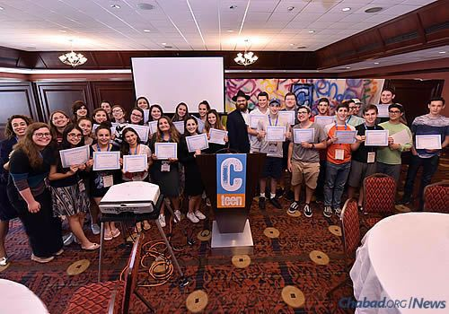 The teens received certificates for their participation in the retreat. (Photo: Shmuel Amit)