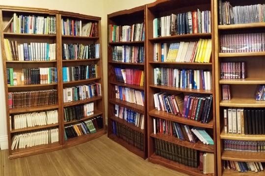 Library_3.jpg