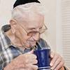 Festejando Chanucá com Portadores de Alzheimer