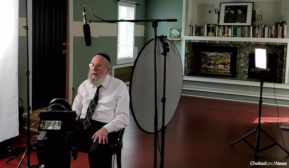 """Rabbi Yehuda Refson, Chabad emissary to the city of Leeds, England, at the filming of a course titled """"Soul Talk,"""""""