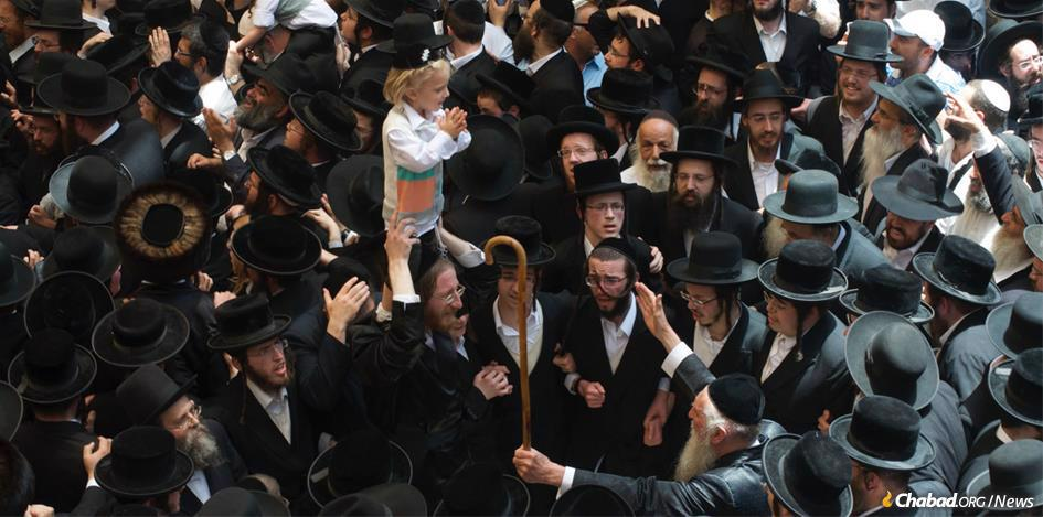 Hundreds of thousands of Jewish men, women and children, including thousands of 3-year-old boys getting their first haircuts, streamed into Meron, Israel, on Lag BaOmer. (File photo: Jodi Sugar)