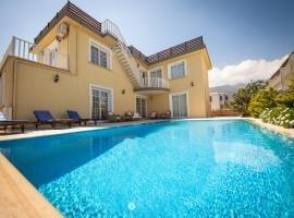 Villa Daria.jpg