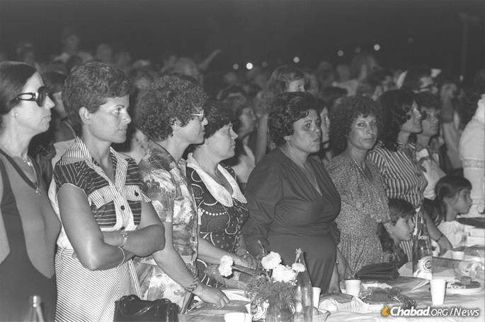 War widows in Israel at the bar mitzvah ceremony for their sons in Kfar Chabad, 1977. (Photo: Moshe Milner)