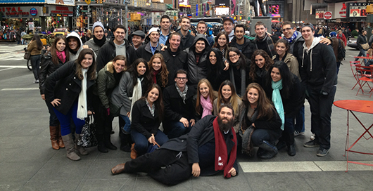 campus-time-square_530-272.png
