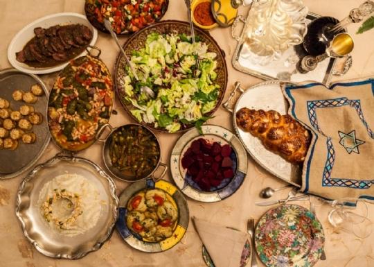communal dinner.jpg