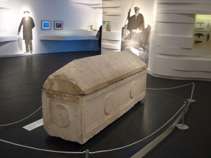 O sarcófago de Helena está no Museu de Israel (Hanay, Wiki Commons).