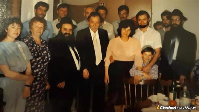 Hezkia following a circumcision in Rome, with the late philanthropist, Chaim Harry Zippel of Milan, who sponsored many of the circumcisions.