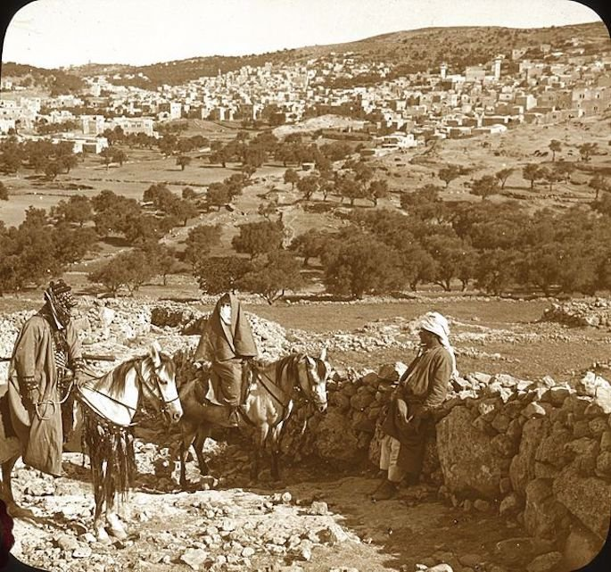 """""""The Hill of Hebron From the Southeast."""" (Photo: Wikimedia)"""