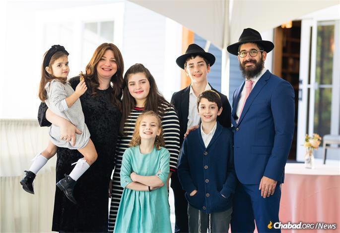 The Gray family (Photo: Chabad of Dartmouth)