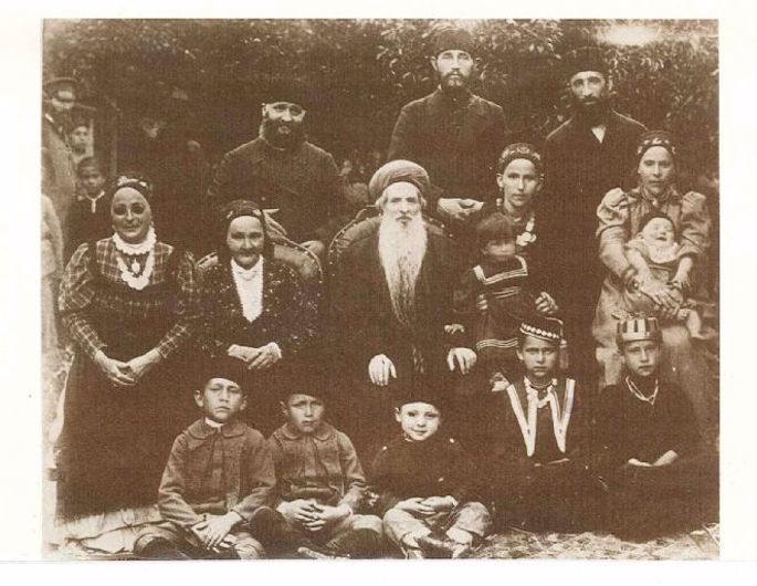 Rabbi Chaim Chizkiyah Medini in Crimea, where he led the community for decades before moving to Hebron. His wife, Rivkah, is to his right. (Photo: Wikimedia)