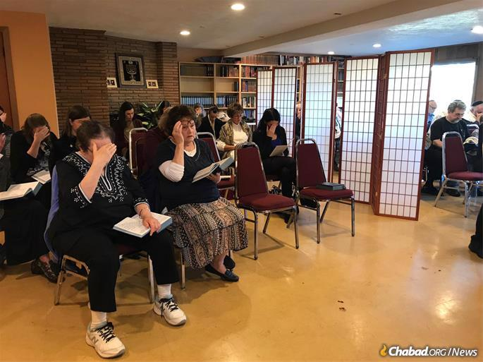 In a small community that numbers less than 2,000 Jewish households, Salem Chabad rarely has a critical mass for a weekday service. This past Sunday, it drew nearly 60 people to a special service.