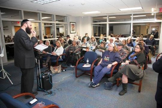 Rabbi Avi Class.jpg