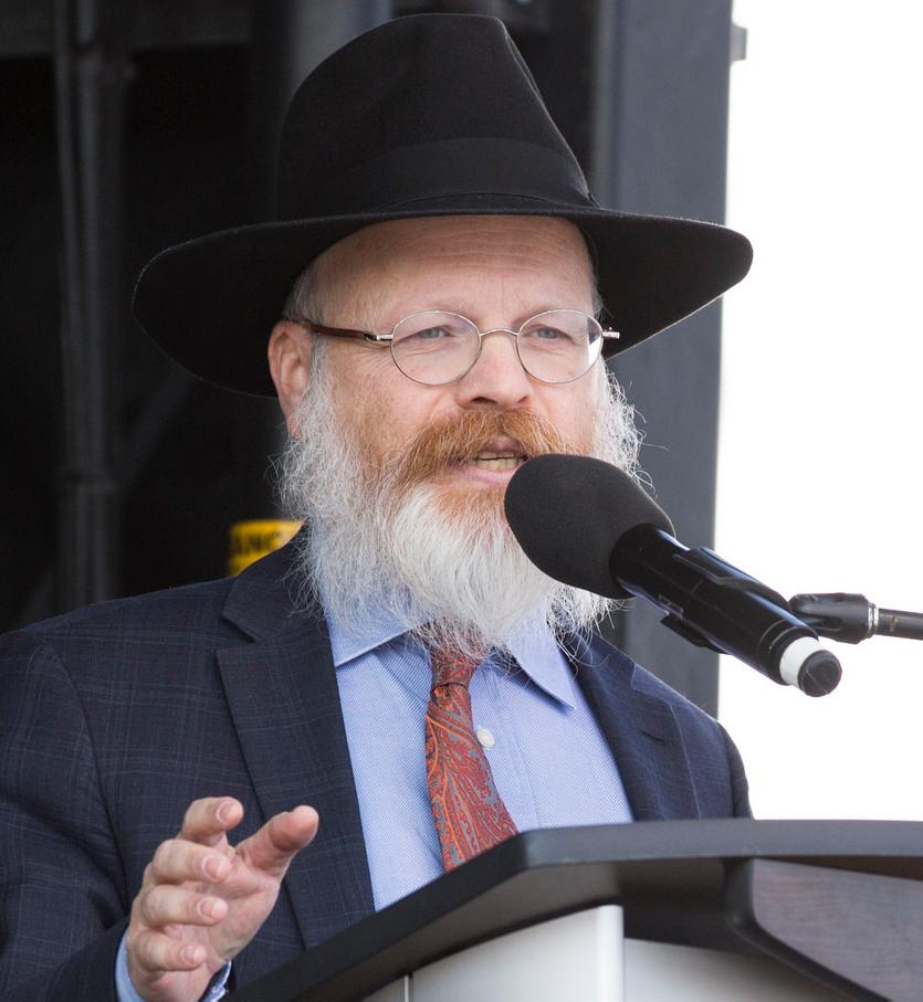 Rabbi 2.png