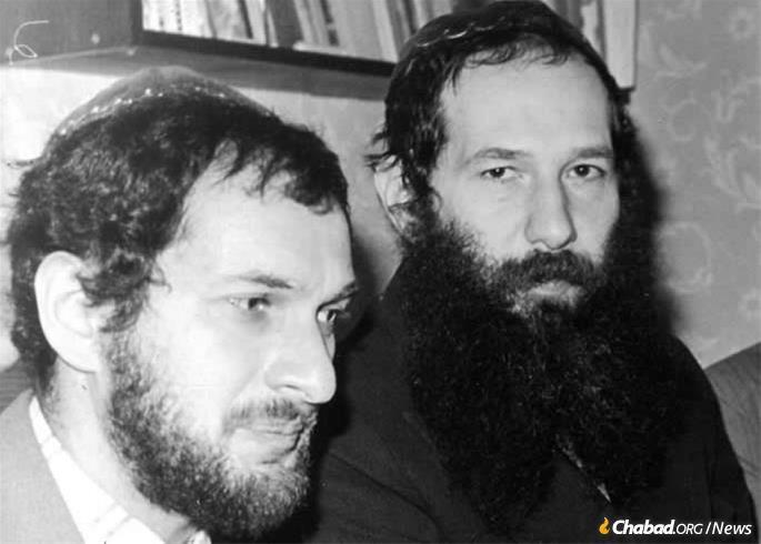 Lev Furman and Yitzchok Kogan at bar mitzvah of Vladimir Fradkin. Leningrad, 1981.
