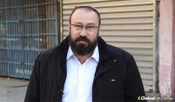 The yeshivah was founded and led by Rabbi Ahiad Ettinger. The 47-year-old father of 12 was fatally shot by a terrorist on March 17 at a junction near Ariel, attempting to save others after being severely wounded.