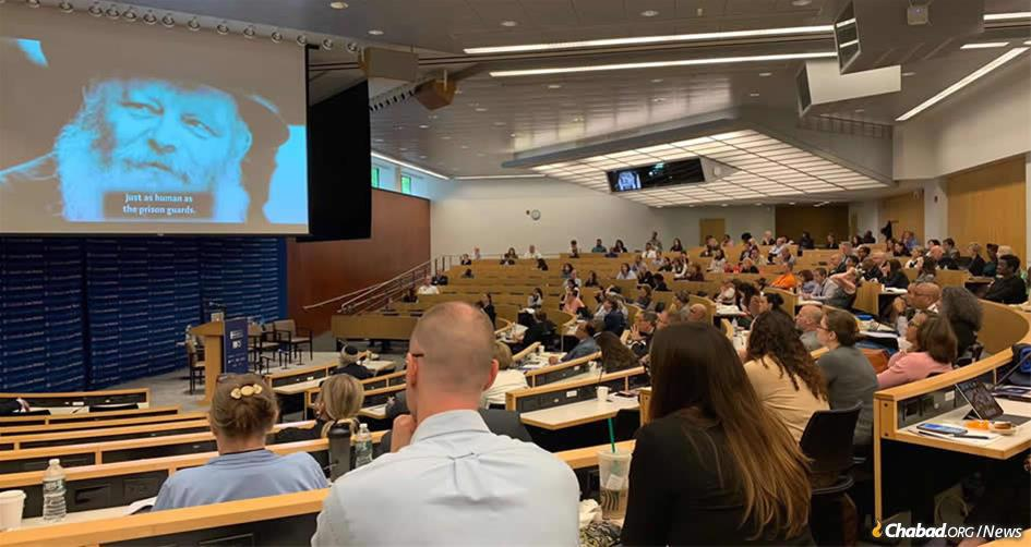The Aleph Institute's Rewriting the Sentence summit on alternatives to incarceration took place on June 17-18, hosted at the Columbia Law School. Some 400 leading jurists gathered to discuss all aspects of criminal justice reform.