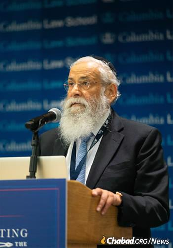 Rabbi Sholom Lipskar delivers his opening remarks. Lipskar founded the Aleph Institute at the direction of the Rebbe in 1981. Since then, it has become a pioneer in the field of alternative sentencing. (Photo: Meir Pliskin/Aleph Institute)
