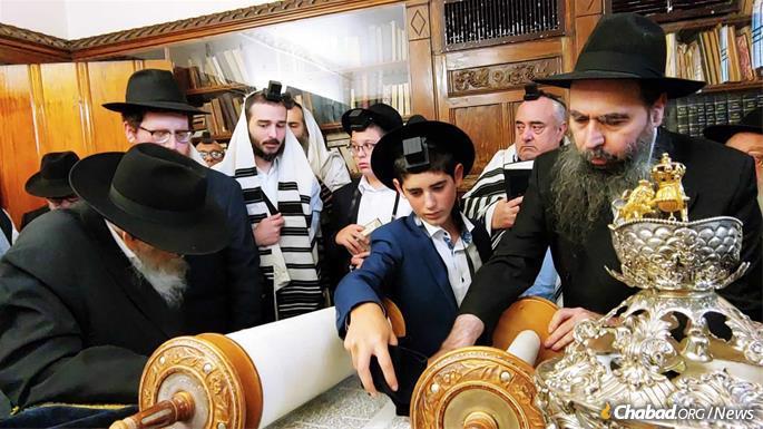 Shalom Hurwitz is called to the Torah.