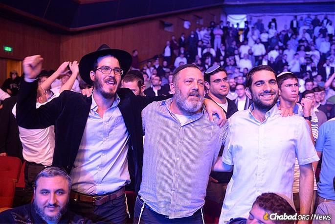 The day is marked by inspirational learning and camaraderie, along with regaled devotion to the study of the inner dimension of the Torah—Kabbalah and Chassidut. (File photo: Meir Alfasi)