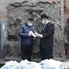 Shanghai Rabbi Helps Elderly Chinese at Site of World War II Refuge