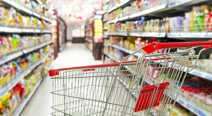 Shopping Cart in Grocery Store (DT).jpg