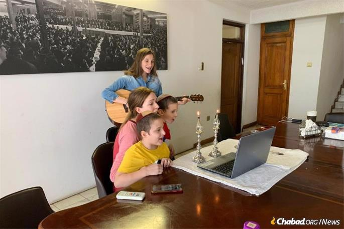 Before the onset of Shabbat, the Majesky children taught about Shabbat online as part of the local Hebrew school.