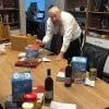 Mega-Seder Guests to Get Passover Help Wherever They Are in the World
