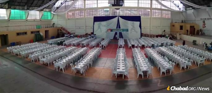 Tables were set up last year to accommodate thousands for the Passover Seder at Chabad of Cusco.