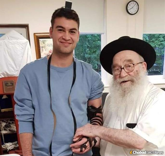His greatest delight was to help another Jew do a mitzvah.