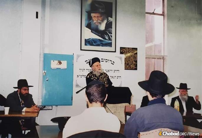 Rabbi Bakshi-Doron at the Chabad-Lubavitch yeshivah in Sydney, Australia.