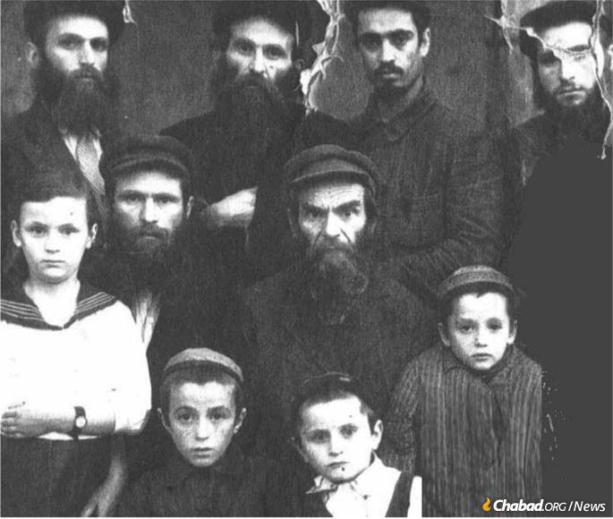 Young Mordechai Chein, bottom right, with his father and grandfather in Samarkand.