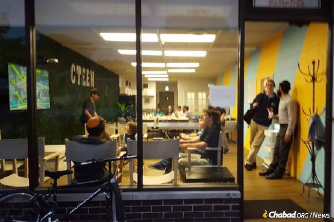 Skokie has an active CTeen chapter that provides Jewish educational and leadership opportunities for local teens. (File photo)