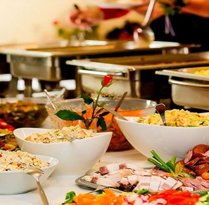 catering-service-in-delhi.jpg