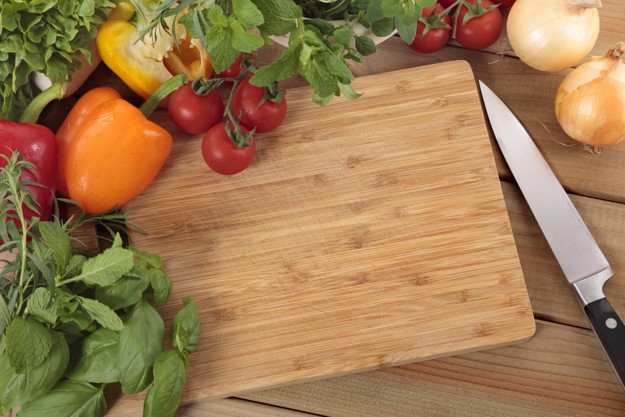 herbs-vegetables-with-chopping-board_1147-371.jpg