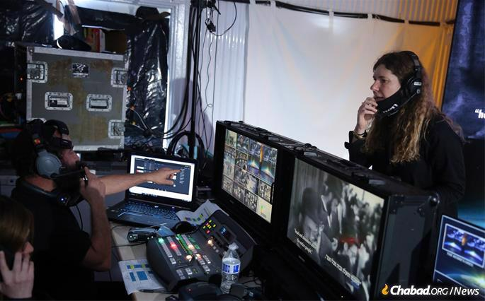 The live event required an extensive team of technicians, cinematographers, sound experts and others (Photo: Itzik Roytman).