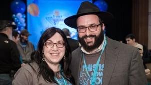 Meet Rabbi Yossi and Goldie Grossbaum