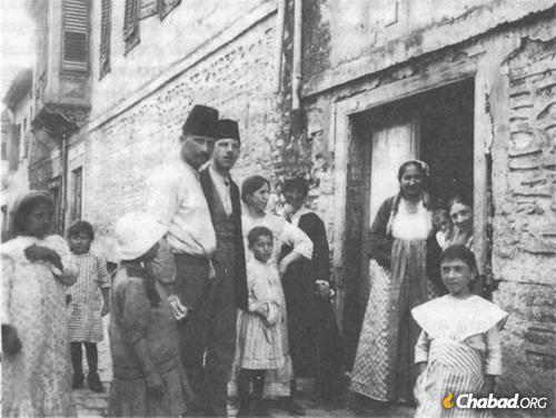 A large and lively Sephardic community once lived in Thessaloniki, Greece.
