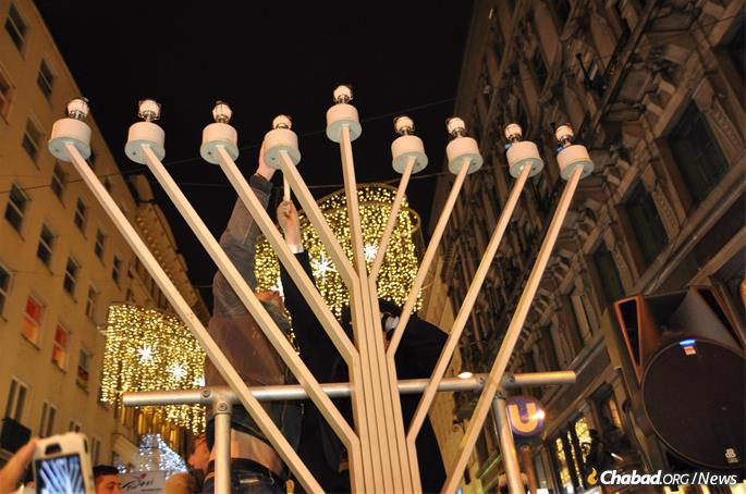 Vienna's giant menorah was first put up by Chabad of Austria's Rabbi Jacob Biderman in 1982, and its location is within earshot of last month's terror attack. (Credit: Chabad of Austria)