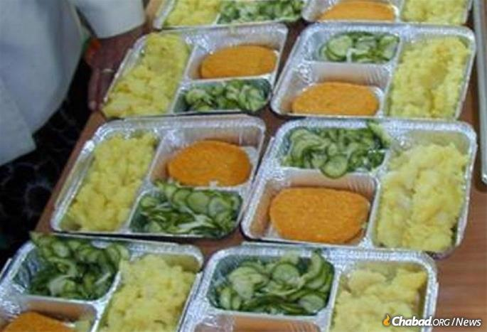 Pantry Packers' Meals on Wheels' program delivers prepared food to the needy.