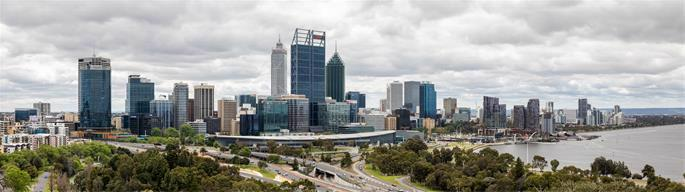 """Perth (AU), View from Kings Park, 2019. (Credits: Dietmar Rabich / Wikimedia Commons / 0435-42"""" / CC BY-SA 4.0)"""