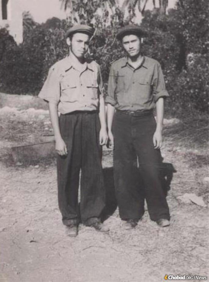 Garelik (right) together with his lifelong friend Rabbi Leibel Raskin (himself a pioneering emissary in Casablanca, Morocco) in the early 1940s in Tashkent, Soviet Uzbekistan.