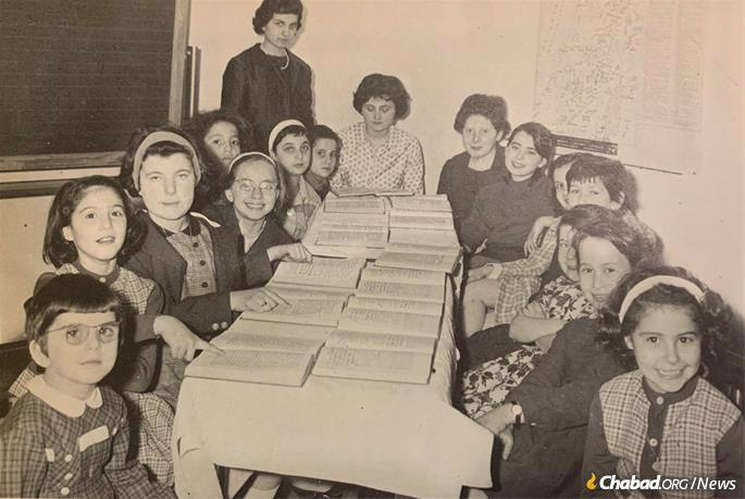 A Torah class at Chabad's new Jewish school in Milan in the mid-1960s.