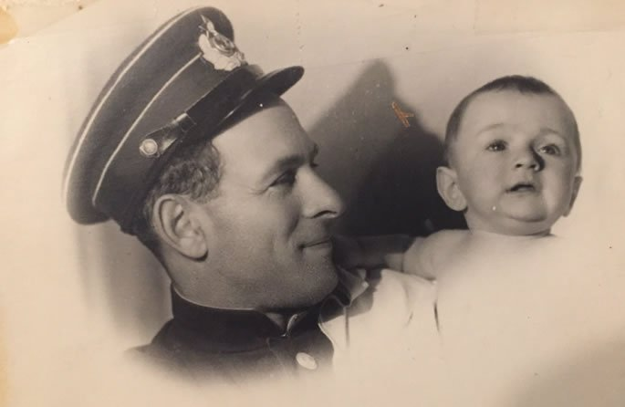 Lev with his navy officer father in 1947.