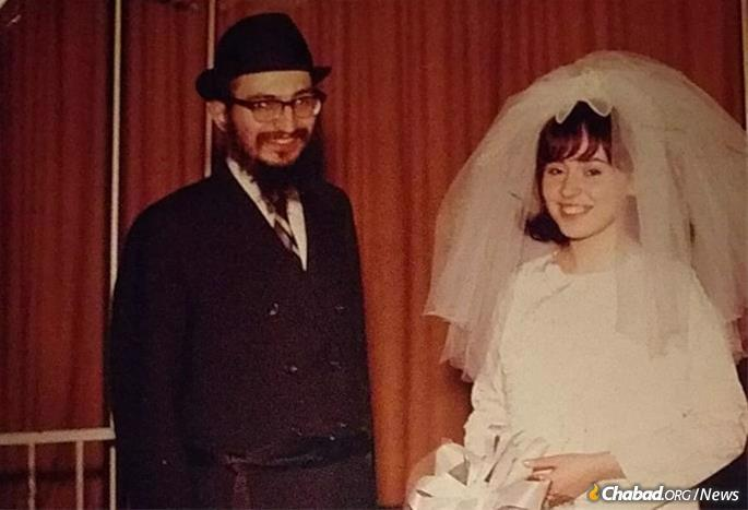 Rabbi Elie and Rochel Cohen