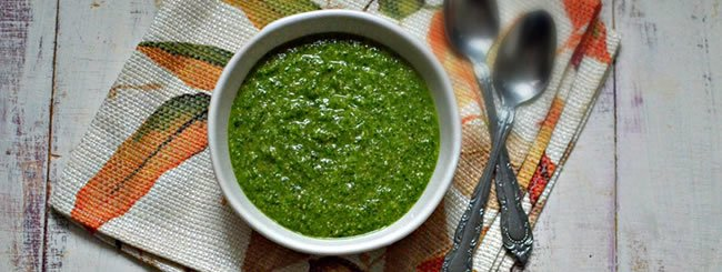 Dressings & Condiments: Pareve (Dairy-Free) Zingy Basil Pesto