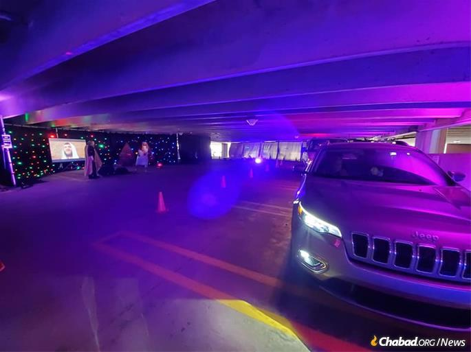The Freedom Passover experience in suburban Detroit drew thousands of people to a cutting-edge interactive drive through Passover retelling held in a parking garage. (Credit: Freedom Passover)